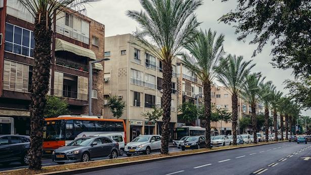 רחוב אבן גבירול תל אביב, צילום: Istock