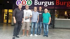 מוטי חביב, אלון חרדי, יעקב בוזגלו, גימי טורק ושייע פיגנבוים בסניף BBB, צילום: לימור צוקר