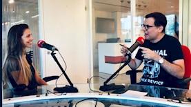 תומס סגיס מארח את ליהיא גרשוביץ בתכניתו הכל זהב ברדיו תל אביב, צילום: רדיו תל אביב