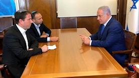 ראש הממשלה מתראיין לאנשי ערוץ 7 חזי ברוך ויוני קמפינסקי, צילום: גולשים