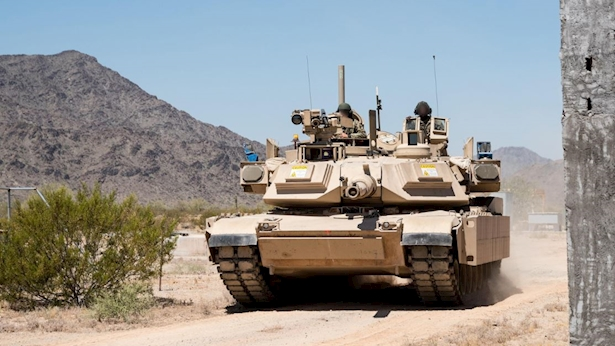 מעיל רוח על טנקים אמריקנים, צילום: דוברות רפאל