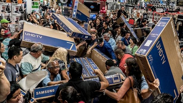 טירוף קניות, בלאק פריידיי, צילום: getty images, nurphoto