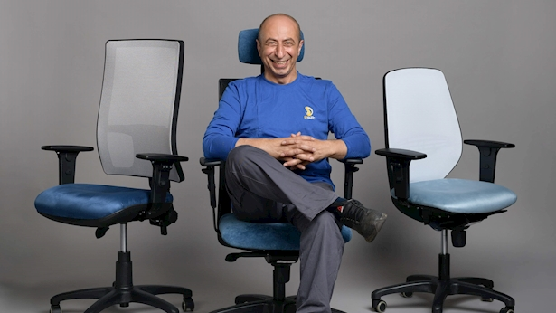 כסאות, צילום: חברת 2sit - כסאות משרדיים וריהוט משרדי מתקדם