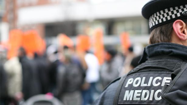 שוטר בהפגנה, צילום: Getty images Israel