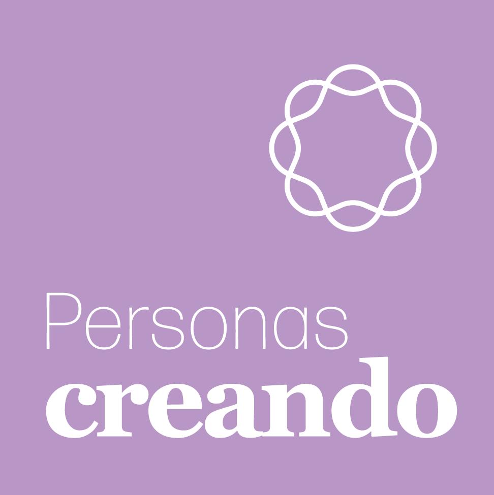 Personas creando
