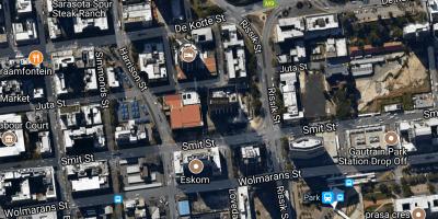 209 Smit Street