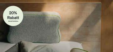 Pillow auf Bett