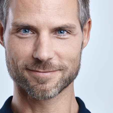 Dr. Torsten Pfitzer, holistic pain therapist and health coach