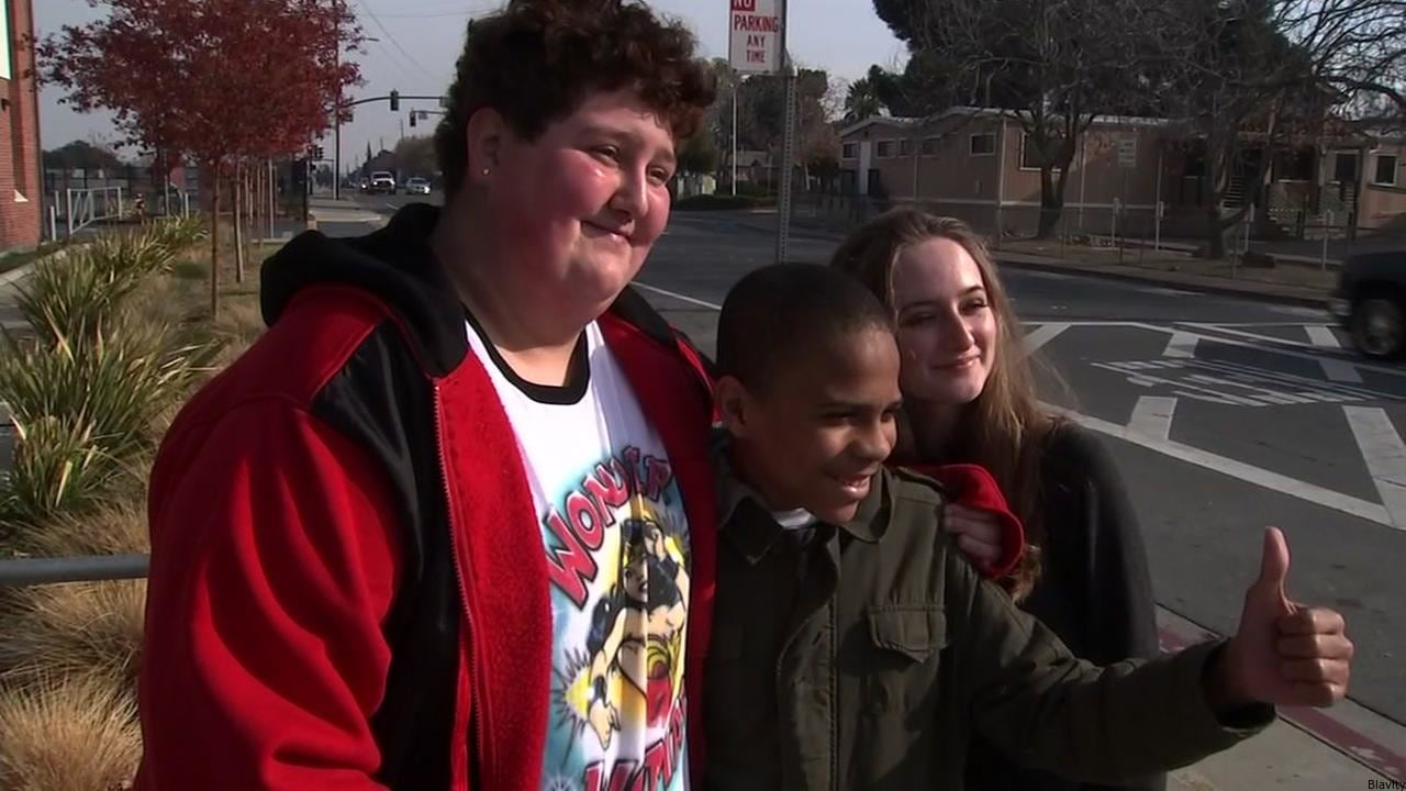 These California High School Students Showed Holiday Spirit By Helping A Classmate When His Game Console Was Stolen