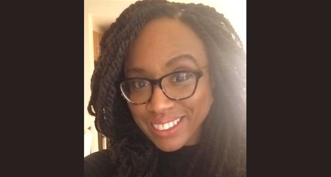 72c8dec0ec Ayanna Pressley Posted A Rare Selfie Of Herself Wearing Glasses And ...