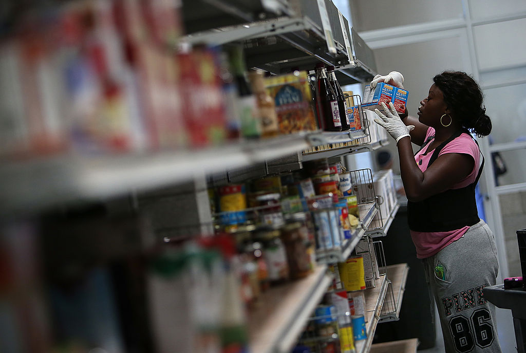 196927899 Online Purchases Will Soon Be Available For Some SNAP Recipients. A pilot  program to begin in New York is expected to expand nationwide after two  years.