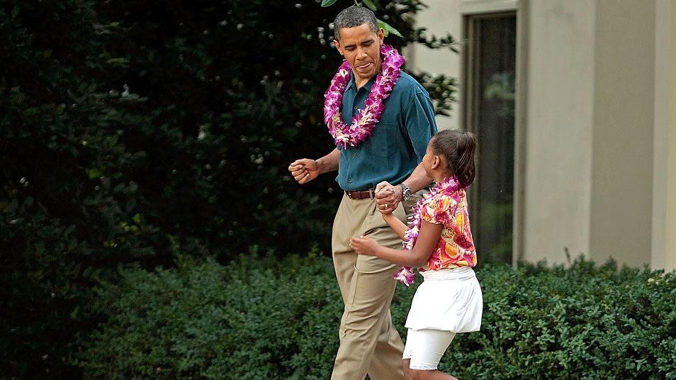 Former President Barack Obama And Daughter Sasha Honored ...