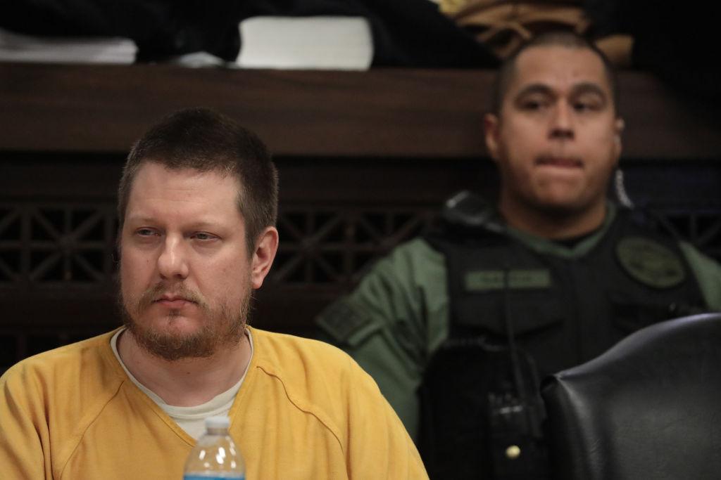 Laquan McDonald's Killer, Ex-Cop Jason Van Dyke, Beaten In Jail