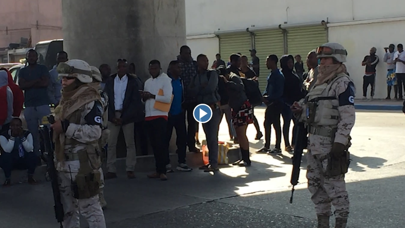 Cameroonian Migrants Protest At Tijuana Border For Being Ignored For Transport To U.S.