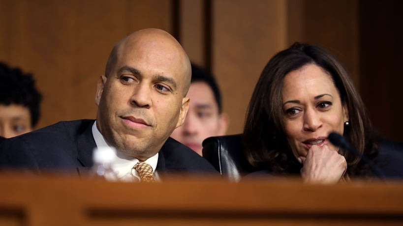 Kamala Harris And Cory Booker Call On FBI To Address Fear Over Cops' Response To Black People Wearing Face Masks