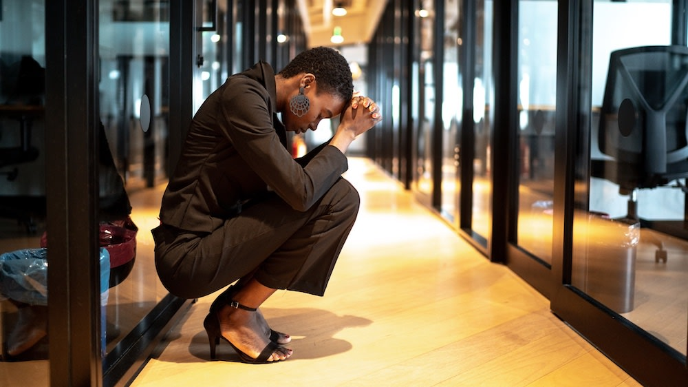 7 Things That Need To Be Said About Black Trauma In Predominantly White Workplaces