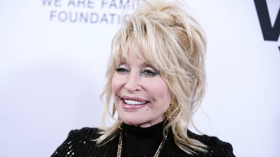 Dolly Parton Says White Folks' 'Little White Asses' Aren't The Only Ones That Matter