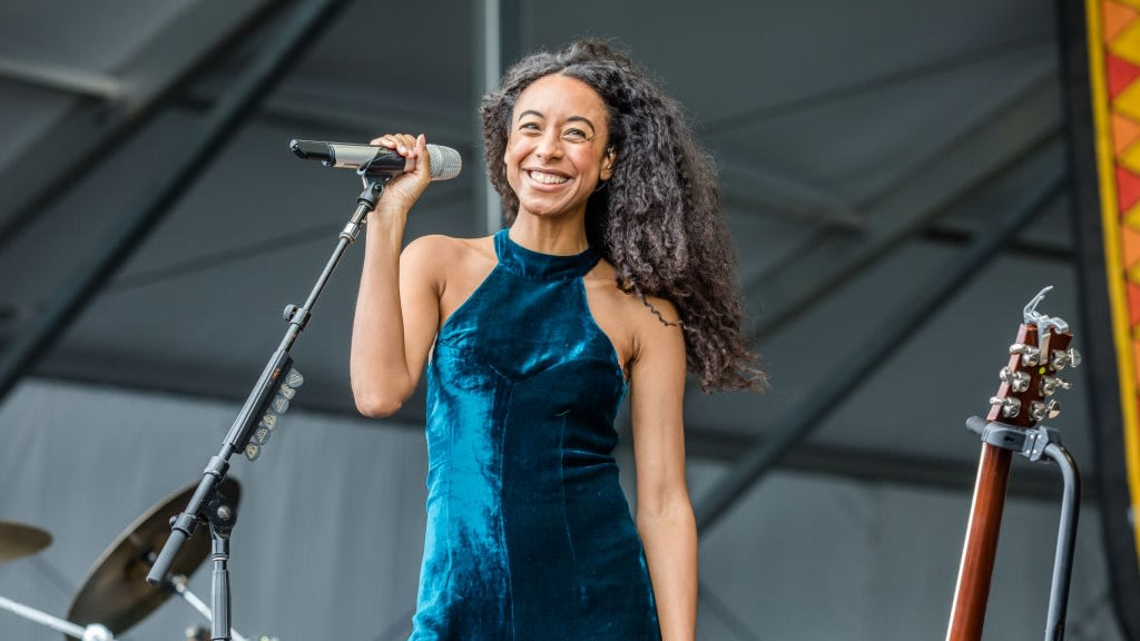 Wild Billboard Headline Puts Twitterverse In A Tizzy And Revives Standom For Corinne Bailey Rae