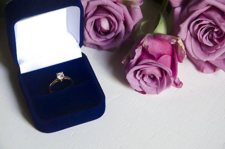 This Guy Gave His Future Wife Six Rings To Choose From In Over-The-Top Proposal