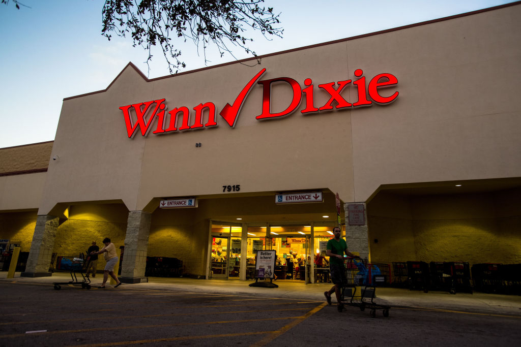 Winn-Dixie Grocery Store Honors Beloved 101-Year-Old Employee With Grant In Her Name