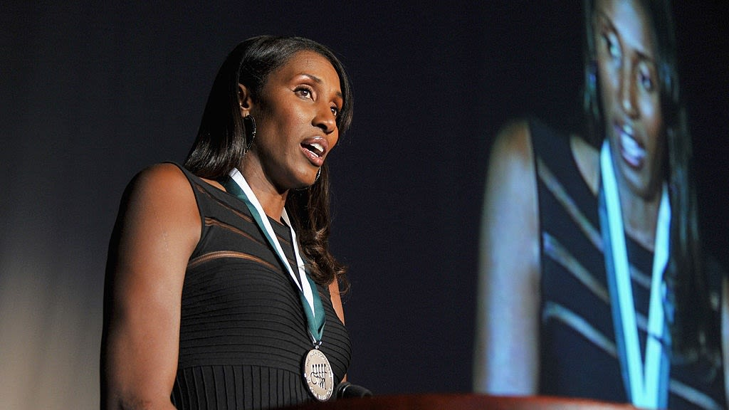 Lisa Leslie Regrets Not Suing WNBA Coach Who She Says Pushed Her During Court Brawl
