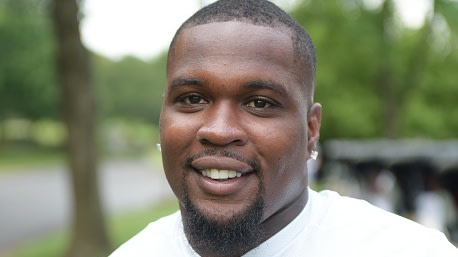 Former Tennessee Titans Player Arrested After Allegedly Biting Woman's Nose