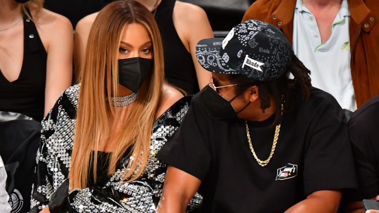 Tina Knowles-Lawson Breaks Down Why Jay-Z Has A Thing For Rubbing Beyoncè's Leg And It's The Motherly Wisdom We Needed