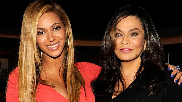 Beyoncé Had Mama Tina Praying Every Night Because Of This Tour Stunt