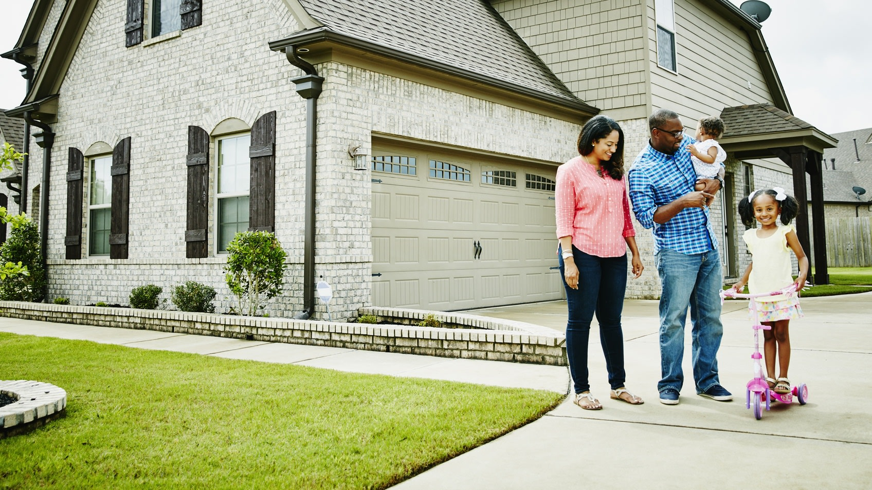 Black Homeowners Suffered More From Late Mortgage Payments Due To COVID-19, Study Shows