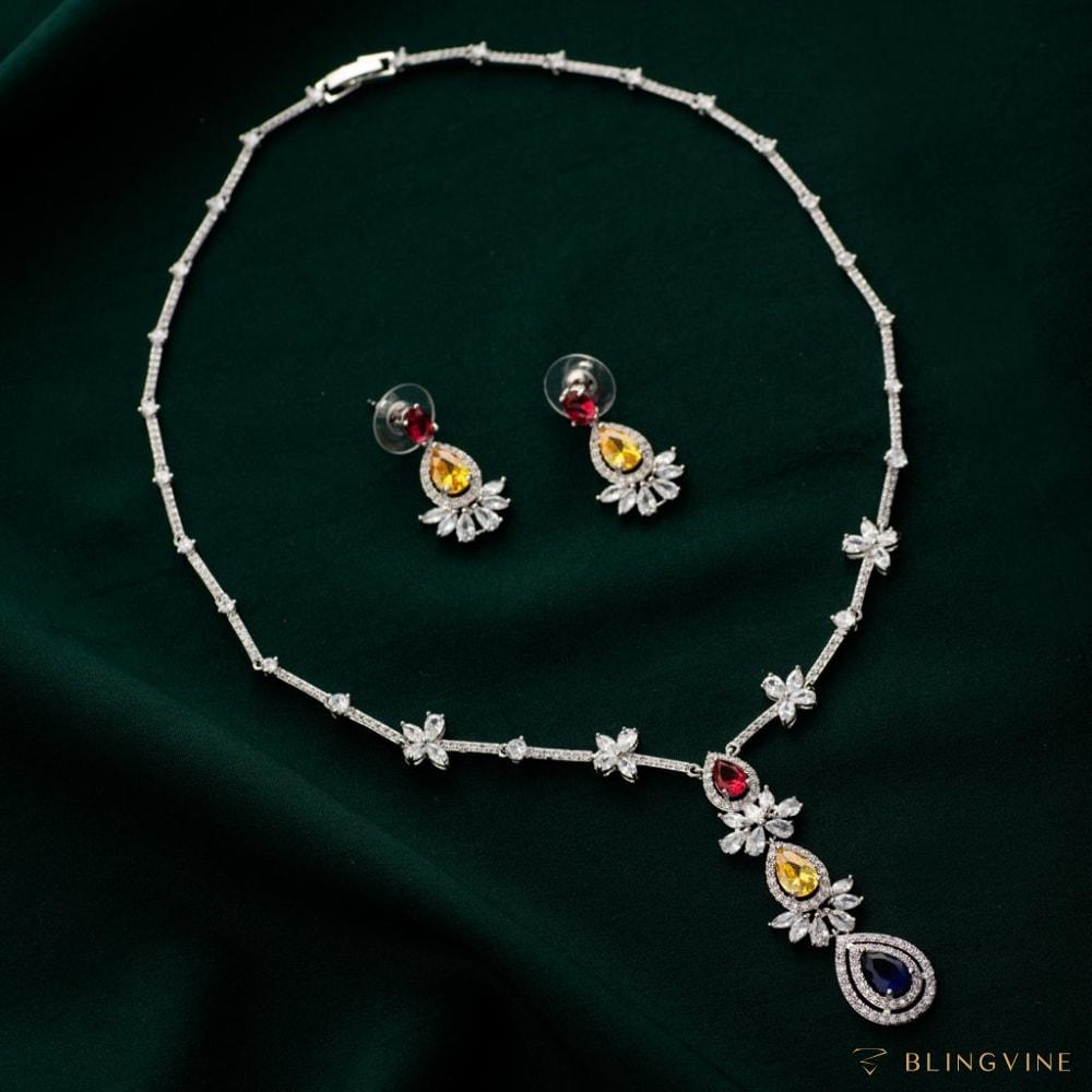 Maisha Crystal Necklace Set- Blingvine
