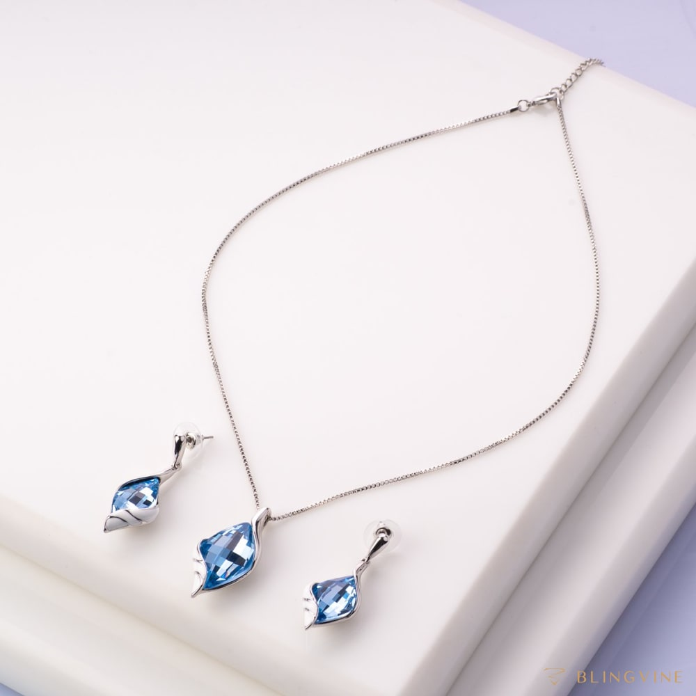 Natalia Serene Blue Pendant Necklace Set