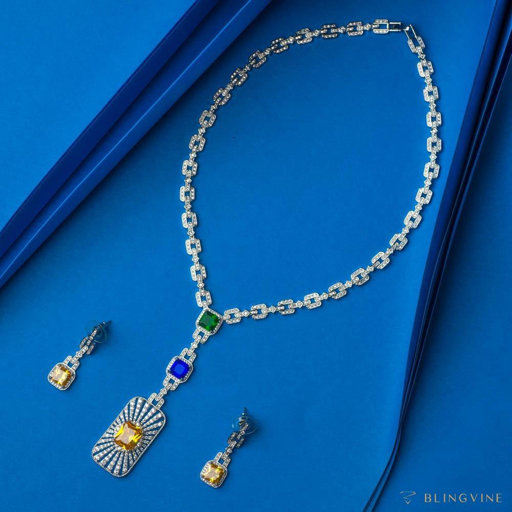Cleopatra Crystal Necklace Set - Blingvine
