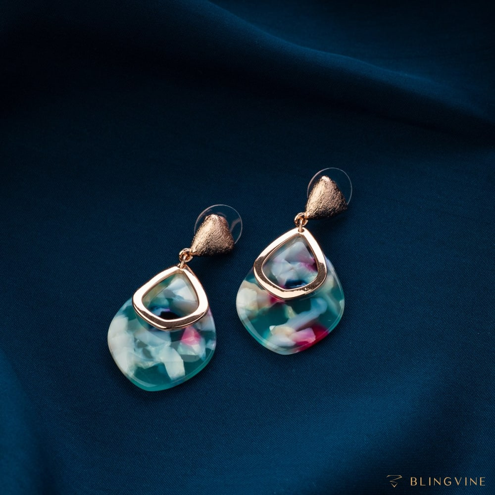 Alice Dangle Earrings