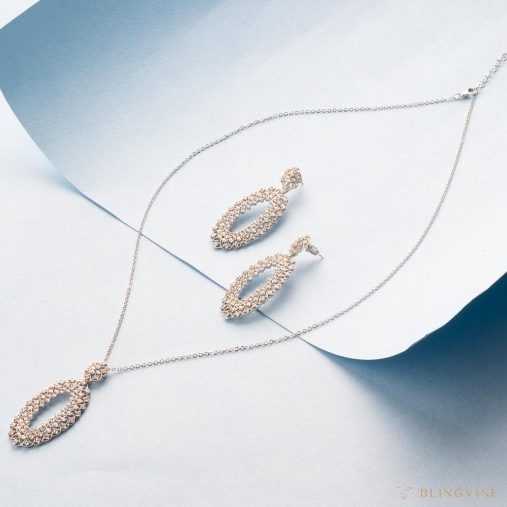 Euphoria Pendant Necklace Set