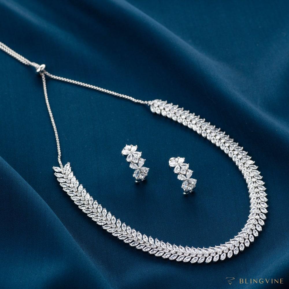 Hollywood Crystal Choker Necklace set