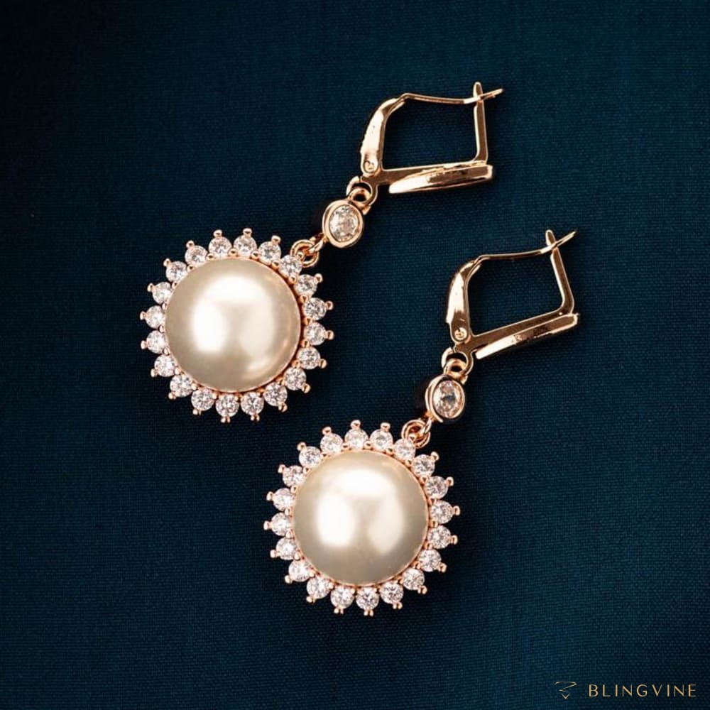 Urvi Pearl Earrings - BlingVine