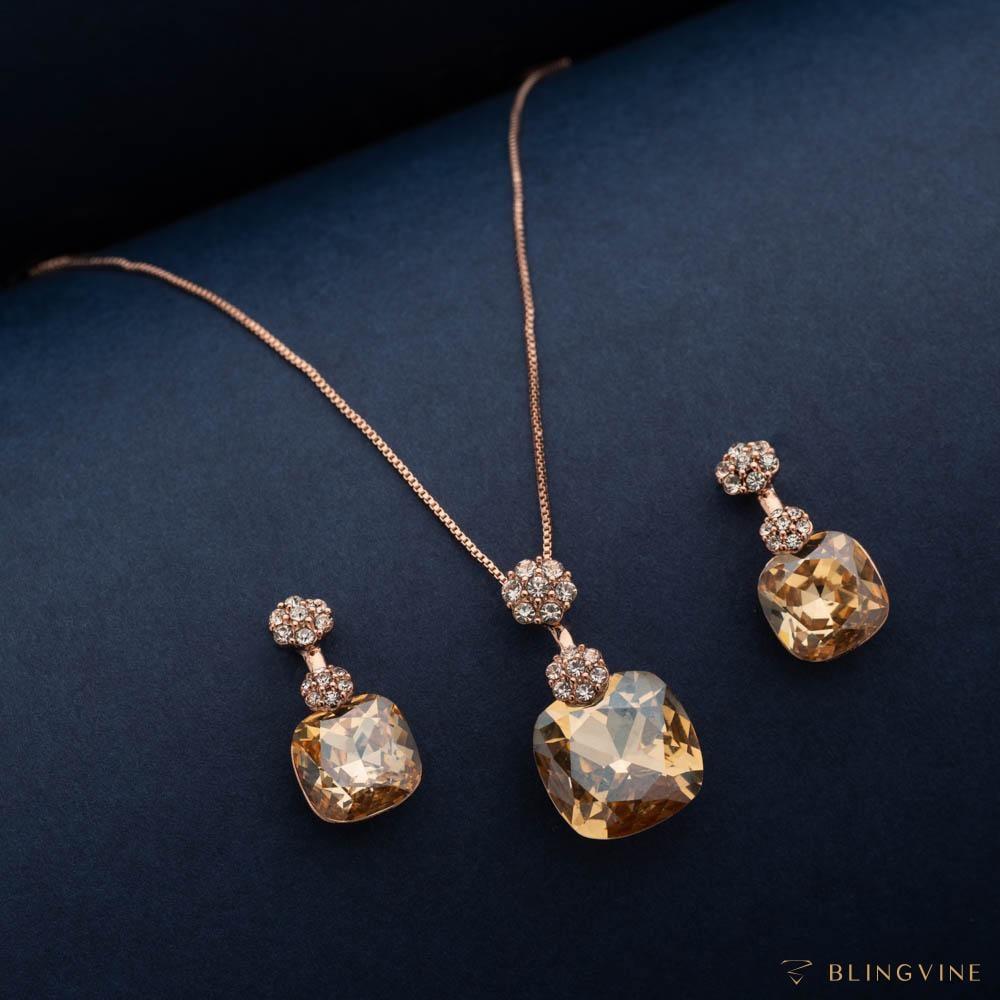 Mehreen Crystal Pendant Necklace Set