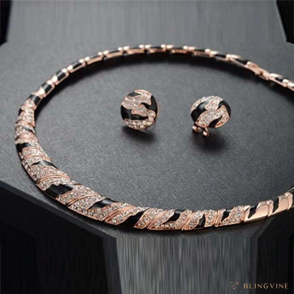 WildLife Choker Necklace Set - BlingVine