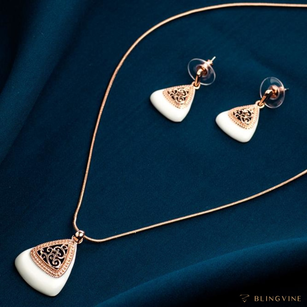 Calligraphy Pendant Set - BlingVine