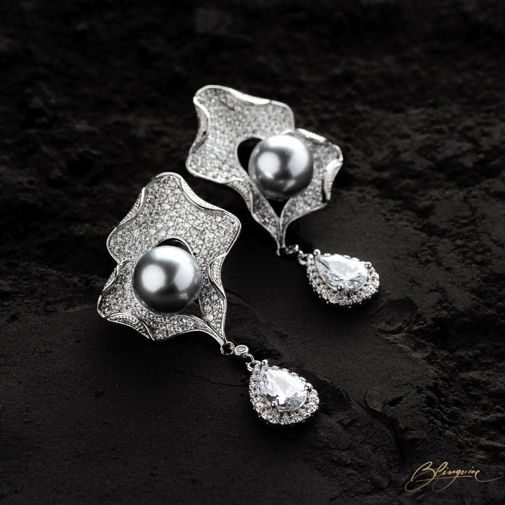 Joanna Pearl Earrings - BlingVine