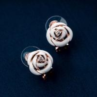Rose Pendant Set - BlingVine