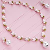 White Lotus Necklace Set - BlingVine