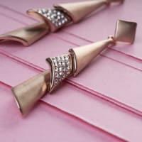 Pyramids Dangling Earrings - BlingVine