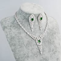Victoria Necklace Set - BlingVine