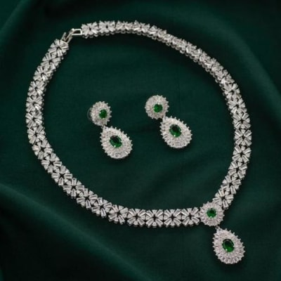 Ramona Crystal Necklace Set - Blingvine