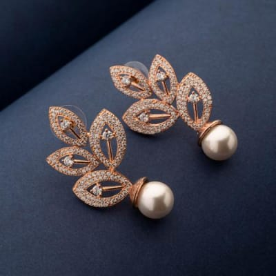 Liah Pearl Stud Earrings - Blingvine