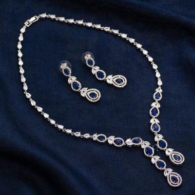 Vogue Sapphire Blue Crystal Necklace Set - Blingvine