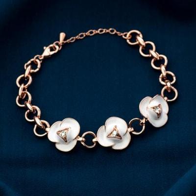 Zoe White Floral Bracelet - BlingVine
