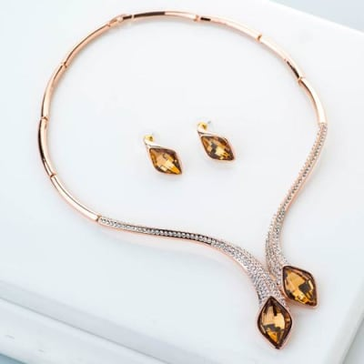 Tasha Crystal Necklace Set - BlingVine