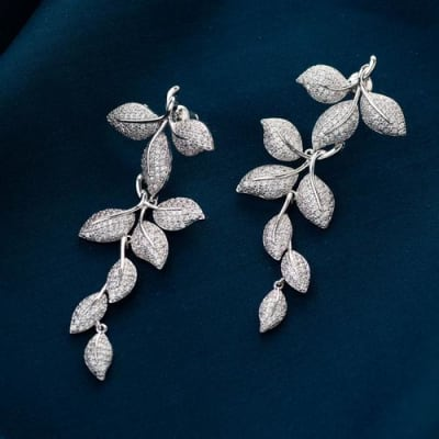 Pretty Lady Earrings